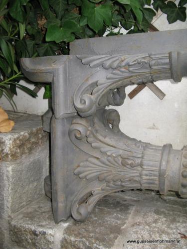 2 Stück Säulen und 2 Stück Halbsäulen
