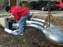 Kunst am Bau, Kunstobjekt Niere aus Aluminiumguss